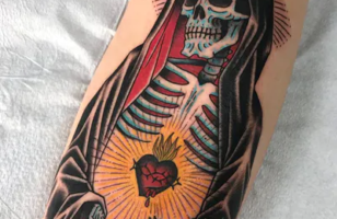 old school sacred heart tattoo